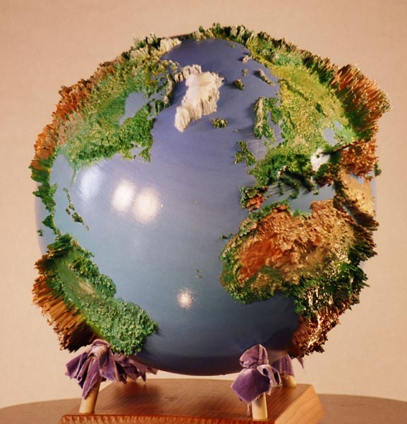 Land Globe 250x